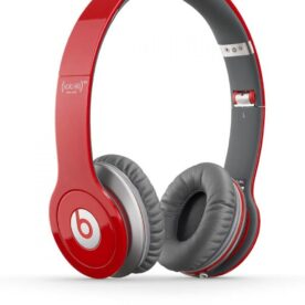 Beats Studios Solo Stereo Headphones in Pakistan
