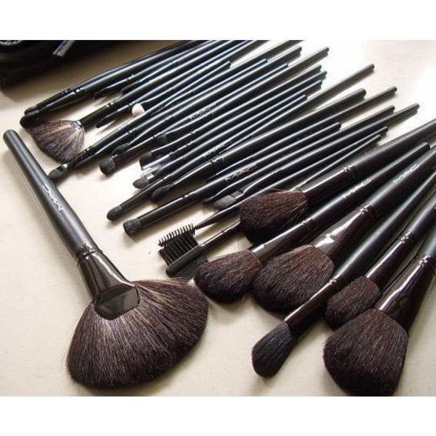 Homebeauty Health Mac 12 Pcs Brushes Set