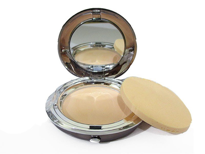 5 Huda Beauty Makeup Products
