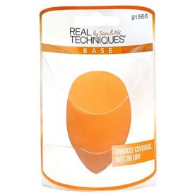 Real Techniques Miracle Complexion Sponge in Pakistan